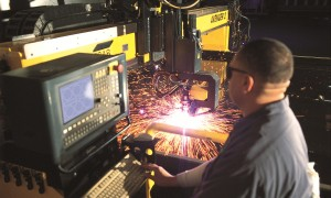 Plasma Cutting hot rolled steel plate